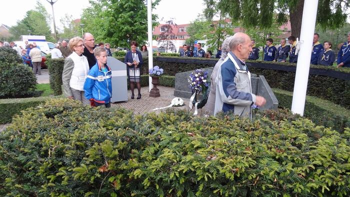 piershil-dodenherdenking-korendijk-4mei2014-014