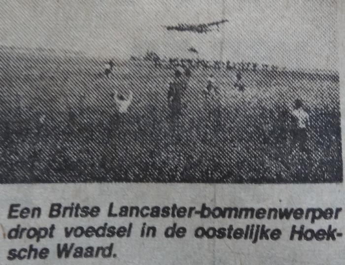 artikel-nieuwsblad-hoeksewaard-28sept1977-voedseldroppings