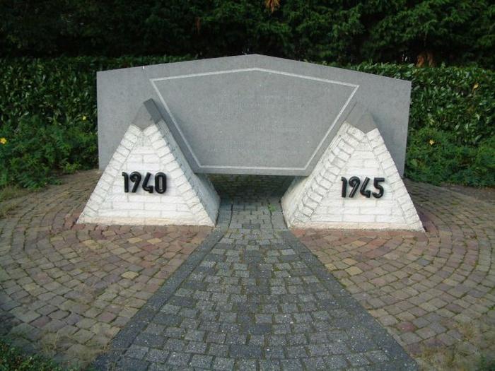 klaaswaal-monument-02