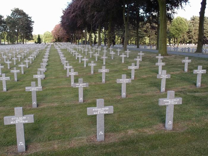 begraafplaats-ysselsteyn-14mei2011-05