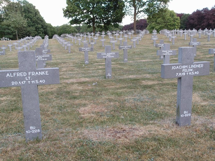 begraafplaats-ysselsteyn-14mei2011-07