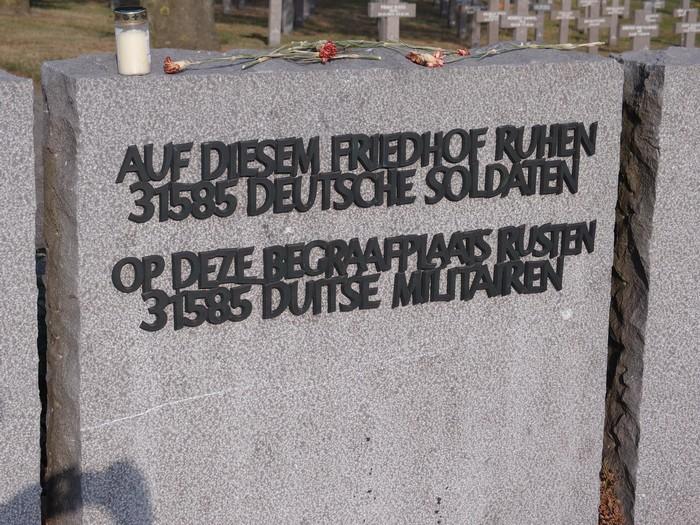 begraafplaats-ysselsteyn-14mei2011-08