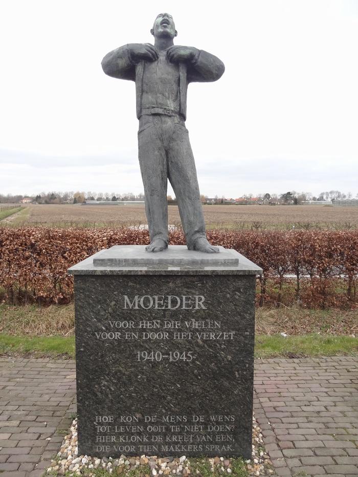 monument-moeder-6mrt2015-02