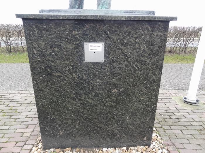 monument-moeder-6mrt2015-05