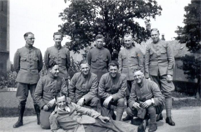 piershil-oorlog-soldaten-klaaswaal
