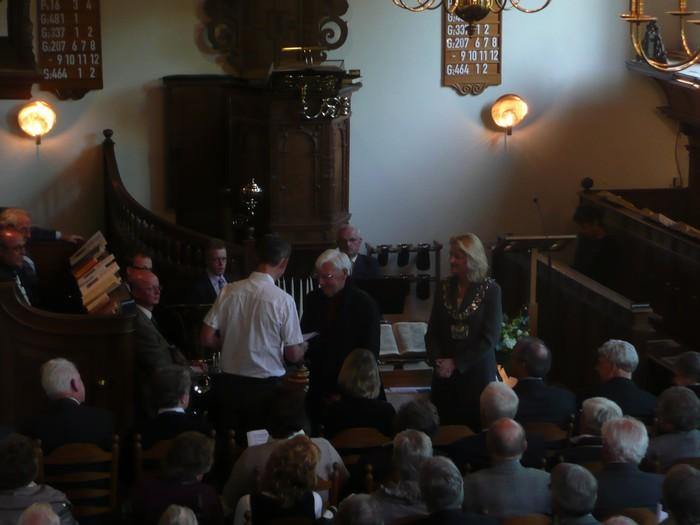 piershil-dienst-kerk-burgerslachtoffers-4mei2011-15