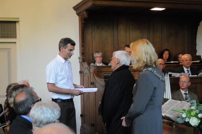 piershil-dienst-kerk-burgerslachtoffers-4mei2011-17