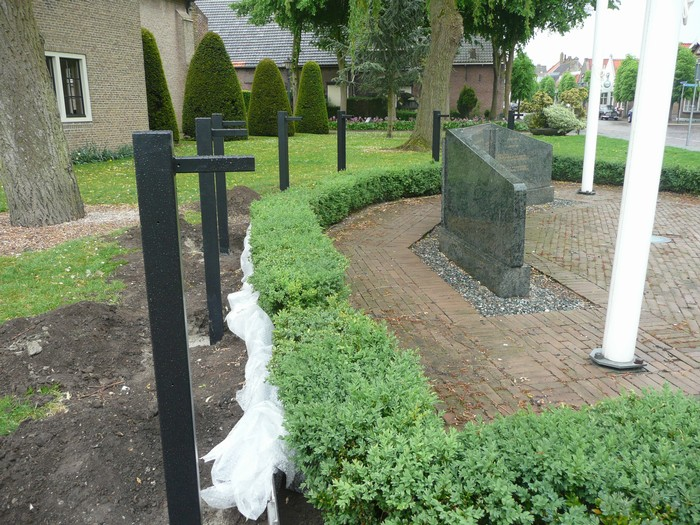 piershil-monument-burgerslachtofferswo2-28april2011-03