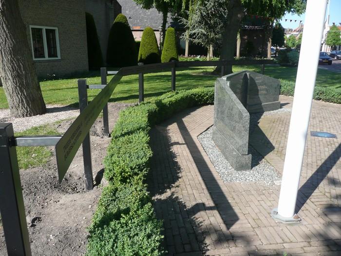 piershil-monument-burgerslachtofferswo2-29april2011-02