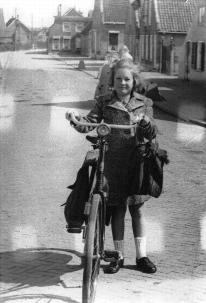 piershil-oorlog-bevrijding-fiets