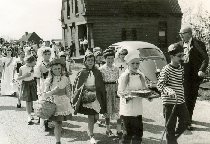 piershil-oorlog-bevrijdingsfeest-5mei1960-02