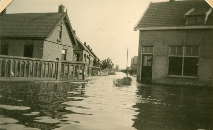 piershil-oorlog-inundatie-heullaan-03