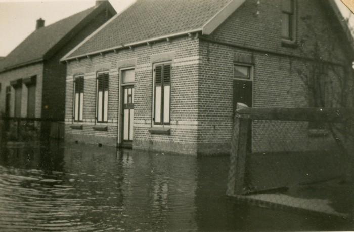 piershil-oorlog-inundatie-heullaan-06