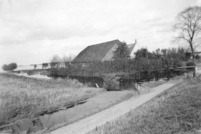 piershil-oorlog-inundatie-oosthoek-02