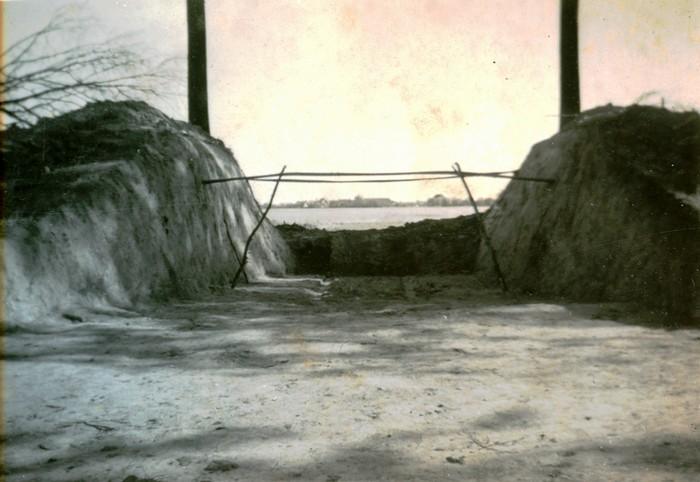 piershil-oorlog-tankval1-oudendijk