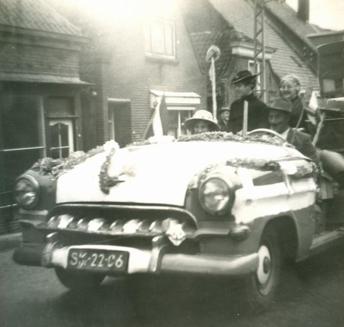 piershil-optocht-bevrijdingsfeest-5mei-1965-05