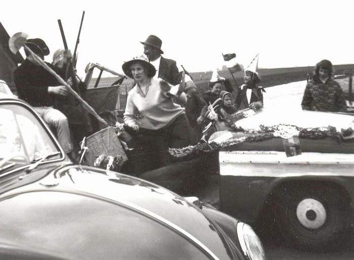 piershil-optocht-bevrijdingsfeest-5mei-1965-07