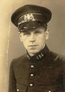 Oom Jo in uniform Politie Utrecht
