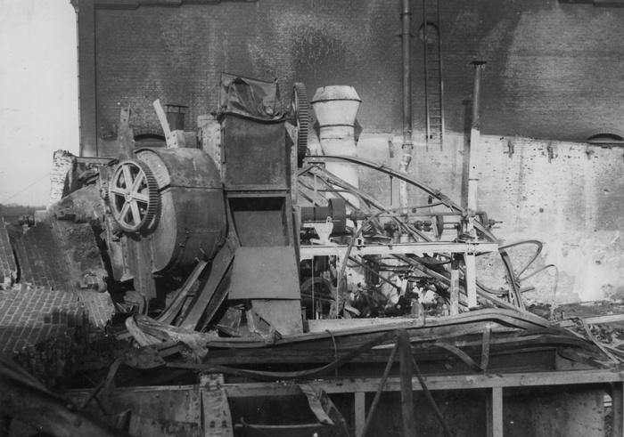 004-1940-45 Schade-10