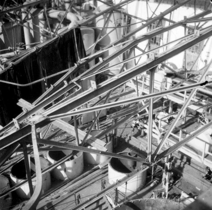 1945-oorlogschade-suikerfabriek-03