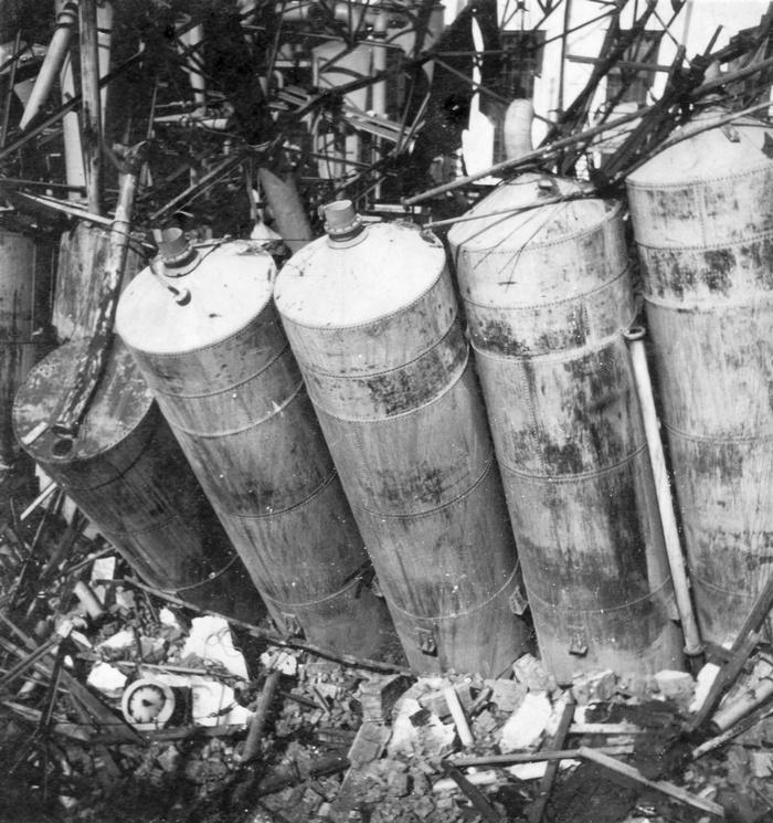 1945-oorlogschade-suikerfabriek-04