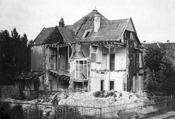 1945-oorlogschade-suikerfabriek-06