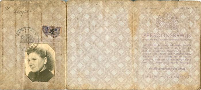 rotterdam-persoonsbewijs-francisca-kerpels-voor