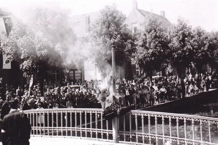 1945-hitlerpop-oudbeijerland-bevrijding-04
