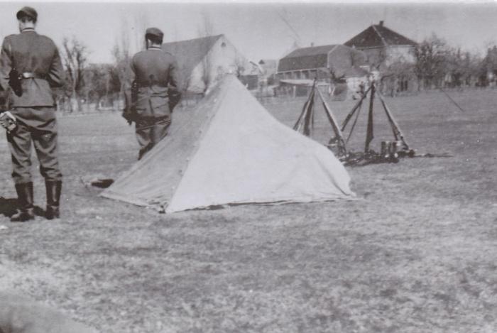 wo2-duitsers-oud-beijerland-sept1940-oefening-terrein-hbs.jpg