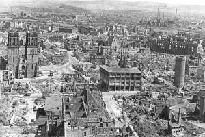 Kassel na het bombardement.