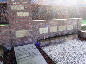 sgravendeel-monument-jan2015-02