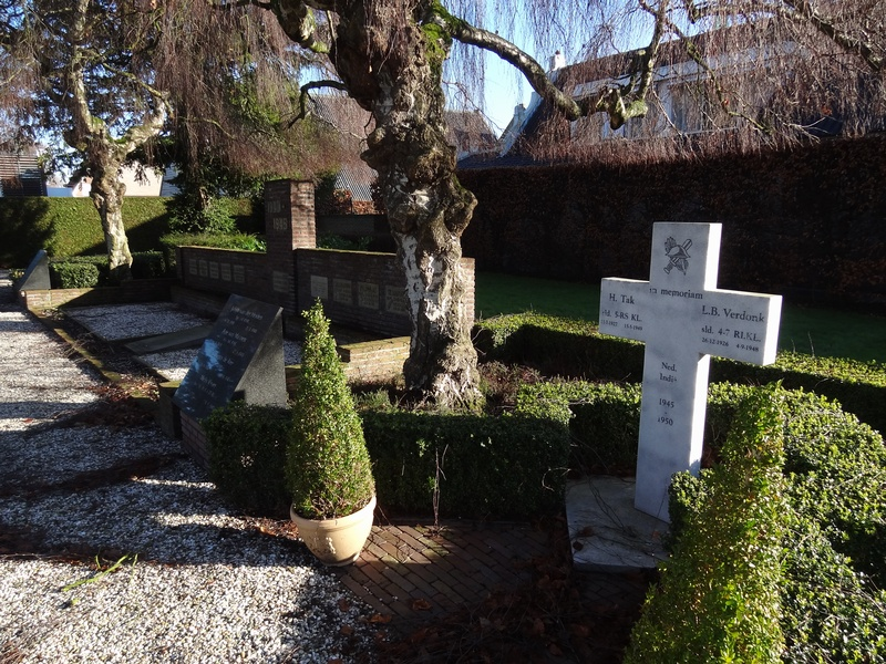 sgravendeel-monument-jan2015-03