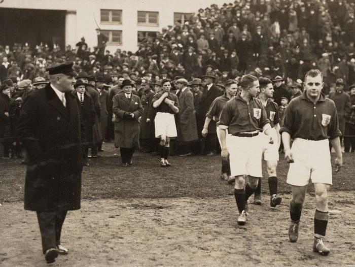 1927-duitsland-nederland-achteraan-jaapweber