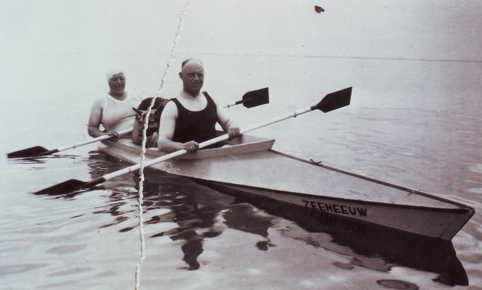 echtpaar-anna-henk-martens-kano-1934