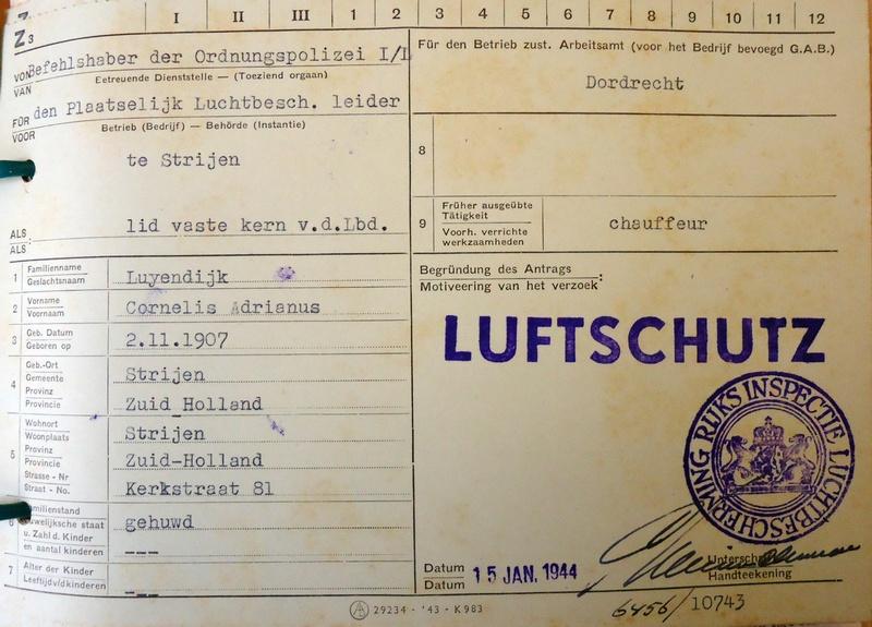 luchtbeschermingsdienst-strijen-cor-luyendijk-1944